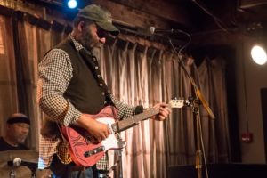 Due stelle di scena questa sera al festival Narcao Blues: Eric Sardinas e Otis Taylor.