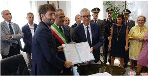 E' stato firmato ieri mattina l'accordo di valorizzazione delle sculture di Mont'e Prama, dell'area archeologica di Tharros, e dei luoghi di cultura del Sinis.
