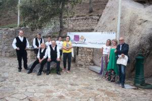 """Vindice Lecis ed il romanzo storico """"Hospiton"""" hanno conquistato il pubblico nel parco di Santa Degna ad Aggius."""