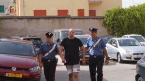 I carabinieri della Compagnia di Carbonia hanno arrestato due corrieri olandesi trovati in possesso di 11 kg di cocaina.