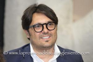E' durissimo il giudizio di Ignazio Locci, sindaco di Sant'Antioco, sulla Finanziaria regionale.