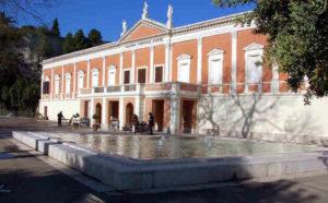 """Questa sera, alla Galleria Comunale d'Arte di Cagliari, si conclude """"Settembre il mese azzurro– Il teatro interpreta l'arte visiva""""."""