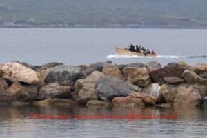 Non si fermano gli sbarchi di migranti algerini sulle coste del Sulcis. Dopo i 178 di ieri, stanotte ne sono arrivati altri 49.