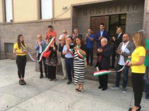 Il sindaco di Carbonia Paola Massidda ha dato il via alla prima edizione del Carbonia Wine Festival.