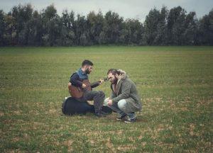 Con Feeling Better, il duo algherese A+F torna on line con un nuovo singolo inedito e per la prima volta abbandona la lingua italiana per scegliere l'inglese.