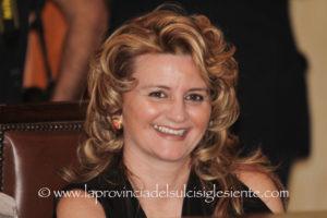 Monica Fois, 48 anni, imprenditrice, è la nuova segretaria del circolo Pd di Sant'Antioco.
