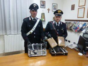 I carabinieri della Compagnia di Carbonia hanno rinvenuto 2,6 kg di cocaina, a San Sperate, nel corso di servizi di controllo del territorio.