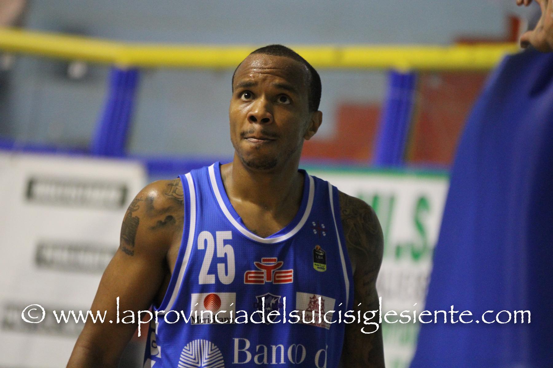 Basket:Dinamo di scena domenica a Trento