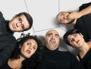 """Doppio spettacolo per """"Cinquetto tirato a lucido: il concerto che sconcerta"""", in scena a Cagliari domenica 5 novembre."""