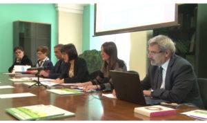 """È stata presentata oggi a Cagliari, nella sede dell'assessorato regionale della Difesa dell'Ambiente, la terza edizione di """"COREPLA SCHOOL CONTEST – Plastica in evoluzione""""."""