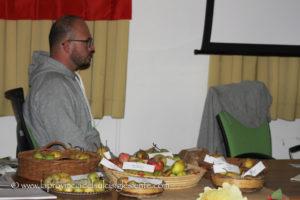 """Da venerdì 10 a domenica 12 novembre,il centro di aggregazione sociale di Masainas ha ospitato la 17ª edizione della manifestazione""""Dalla Terra e dalle Mani""""."""