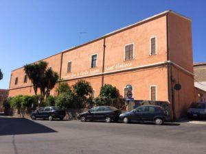 """La Giunta comunale di Sant'Antioco, nella seduta di giovedì 23 novembre 2017, ha approvato l'istituzione del """"Polo per l'infanzia sperimentale Generale Carlo Sanna""""."""