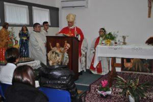 L'arcivescovo di Sassari ieri sera ha visitato l'Aou di Sassari per la festa di Santa Lucia, patrona dei luoghi di cura e protettrice della vista.