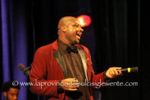 Grande successo, questa sera, al Teatro Centrale di Carbonia, per il concerto d'esordio della 15ª edizione della rassegna Gospel Explosion.