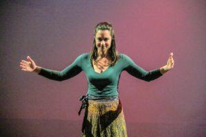"""Volge quasi al termine """"Teatri di guerra"""", la stagione di Teatro d'autore del Crogiuolo, diretta da Rita Atzeri, in scena allo spazio Fucina Teatro, nella Vetreria di Pirri."""