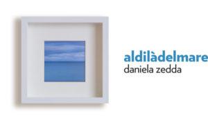 """Sabato 2 dicembre, alle 18.30,nell'Aula consiliare del comunedi Sant'Antioco, si terrà l'inaugurazione dell'installazione fotografica """"Aldilàdelmare"""" diDaniela Zedda."""