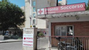 Roberto Benigni si trova ricoverato nella Clinica Ortopedica dell'Aou di Sassari.