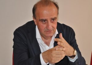 Il direttore generale dell'Aou di Sassari Antonio D'Urso non ha accettato la nomina al vertice dell'Aou San Luigi di Torino. Resterà a Sassari.