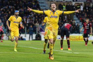 La Juventus ha espugnato la Sardegna Arena con un goal originato da un'azione viziata da un fallo di Benatia su Pavoletti e l'arbitro ha negato un clamoroso rigore al Cagliari.