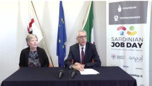 Francesco Pigliaru e Virginia Mura: «Con il bonus assunzioni invitiamo le imprese a trasformare i tirocini in posti di lavoro».