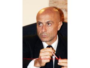 Il ministro dell'Interno Marco Minniti domani sarà a Nuoro per parlare di accoglienza dei migranti e sicurezza degli amministratori locali.