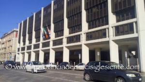Hanno giurato oggi nell'Aula di via Roma, due nuovi consiglieri regionali: Valerio Meloni (Pd) e Gian Filippo Sechi (Udc).