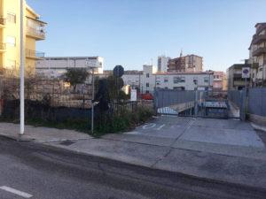 Riapre dopo più di due anni, a Carbonia, il parcheggio multipiano di via Verona.