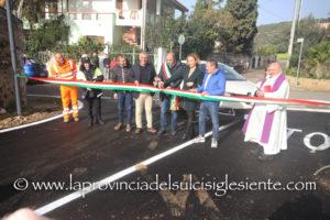Si è svolta questa mattina, a Masainas, la cerimonia d'inaugurazione di una nuova strada che collega la strada d'ingresso al paese da Is Solinas alla strada statale 195.