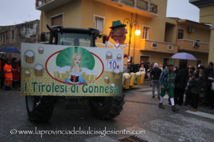 Grande festa, sabato sera, a San Giovanni Suergiu, con la sfilata del Carnevale 2018.