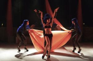 Martedì sera, alle 20.45, al Teatro Centrale di Carbonia, per la stagione di prosa e danza del Cedac 2018, è in programma lo spettacoloMvula Sungani Physical Dance – Odyssey Ballet.