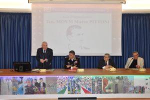 E' stato presentato ieri, a Cagliari, l'11° Calendario Storico dell'Arma dei Carabinieri 2018, tradotto in lingua sarda (logudorese).