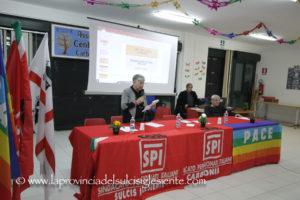 La sala riunioni del Centro anziani di via Brigata Sassari, a Carbonia, ha ospitato sabato sera un convegno sulla Sanità organizzato dalla segreteria del sindacato SPI-CGIL.