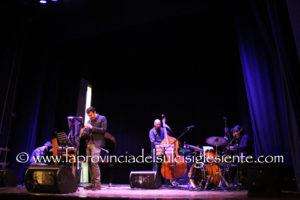 """Grande successo, al Teatro Centrale di Carbonia, per il concerto di presentazione di """"Swagman in West Lake""""."""