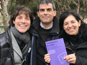 """E' in libreria """"Comunicare la salute"""", libro scritto da Fabrizio Meloni, Elisabetta Gola e Riccardo Porcu per Carocci editore."""