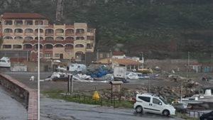 Il fortissimo vento e la pioggia insistente hanno provocato ingenti danni e disagi in tutto il Sulcis Iglesiente.
