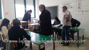 La commissione elettorale del comune di Carbonia ha nominato oggi i 130 scrutatori per le elezioni regionali del 24 febbraio.