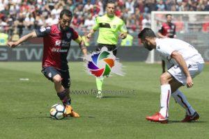 """Leonardo Pavoletti non ci sarà, questo pomeriggio, alle 15.00, allo stadio """"Tardini"""", al centro dell'attacco del Cagliari, nella sfida con il Parma."""