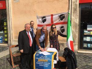 Insularità in Costituzione: è iniziata in tutta Italia la raccolta di firme.