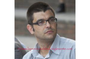 """Daniele Serra, 42 anni, sindaco uscente, guida la lista """"Teulada in testa"""", per le elezioni Amministrative del prossimo 10 giugno."""