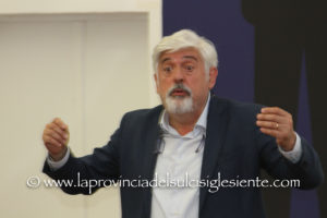 Il direttore generale dell'ATS Sardegna ha incontrato stamane nella sala conferenze della Grande Miniera di Serbariu, gli operatori della Sanità della ASSL di Carbonia.
