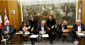 E' stato firmato stamane, a Villa Devoto, l'accordo quadro che dà il via a tutta alla procedura dei cantieri LavoRas.