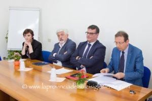 Vertice tra l'assessore Arru, il manager Moirano, il direttore generale Giua e i 23 sindaci del territorio, stamane, alla ASSL di Carbonia.