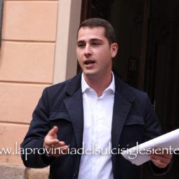 Il sindaco di Iglesias Mauro Usai replica a tre capigruppo di minoranza: «Non è il momento degli slogan»