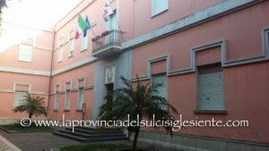 L'Amministrazione comunale di Sant'Antioco ha deciso di investire 300mila euro per il rifacimento del manto stradale in alcune arterie cittadine.