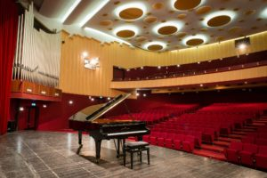"""Domenica, alle 21.00, a Cagliari, secondo appuntamento con i maestri della classica internazionale per il festival """"Le notti musicali""""."""
