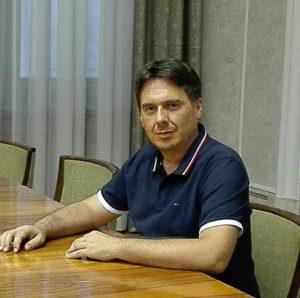 Pierluigi Mulliri, insegnante nuorese in pensione, è il nuovo segretario regionale del Partito della Rifondazione Comunista.