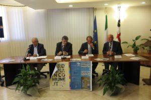 """E' stata presentata stamane la collana della Delfino Editore """"Tutti i Comuni della Sardegna""""."""