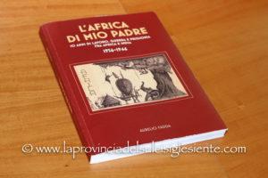 """E' stato presentato ieri sera, nell'aula consiliare del comune di San Giovanni Suergiu, il libro""""L'Africa di mio padre"""", di Aurelio Fadda."""