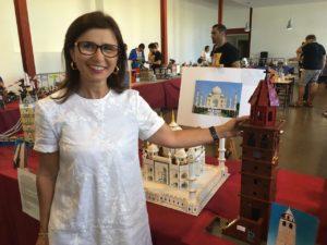 Un migliaio di visitatori nella prima giornata della mostra dei mattoncini Lego, all'Auditorium della Grande Miniera di Serbariu.