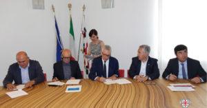 E' stato sottoscritto ieri, a Nuoro, il Piano di investimenti per il rilancio del Nuorese.